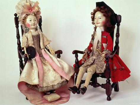 lord-and-lady-clapham-wooden-dolls-made-in-the-william-and-mary-period-17th-century
